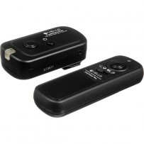 Vello FreeWave Plus Wireless Remote Shutter Release - 2.4GHz (for Nikon)