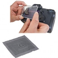 Pearstone LCD Screen Protector Kit for Nikon D90, D300, D300s & D700