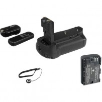Vello Accessory Kit for Canon 7D